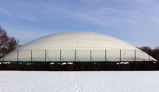 OSC Tennishalle im Winter